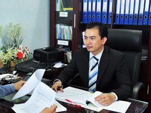 Luật sư Trương Anh Tú trả lời phỏng vấn của PV Dân trí